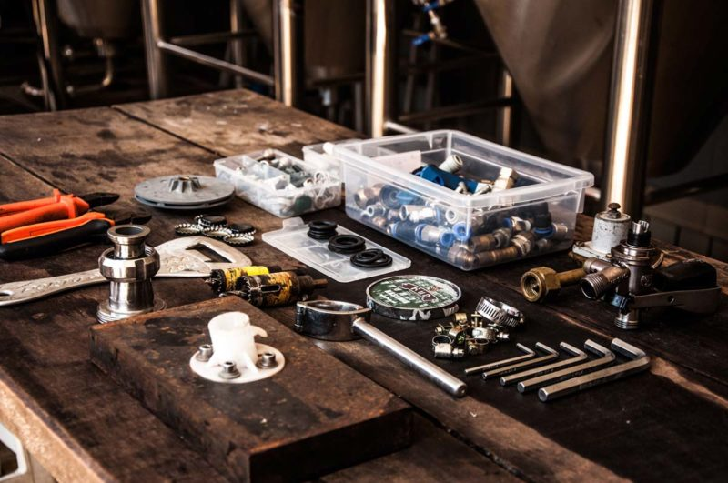 8 Must-Have Plumbing Tools
